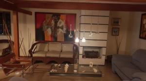Casa En Venta En Caracas - La Boyera Código FLEX: 18-13394 No.4