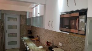 Casa En Venta En Caracas - La Boyera Código FLEX: 18-13394 No.11