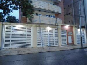 Apartamento En Venta En Maracay - La Soledad Código FLEX: 18-13170 No.1