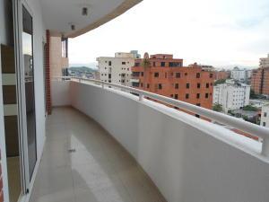 Apartamento En Venta En Maracay - La Soledad Código FLEX: 18-13170 No.11