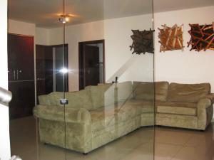 En Venta En Maracay - Barrio Sucre Código FLEX: 18-13080 No.16