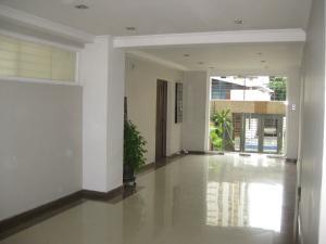 En Venta En Maracay - San Isidro Código FLEX: 18-13231 No.1
