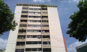 Apartamento En Venta En Caracas - Los Chorros Código FLEX: 18-13341 No.0