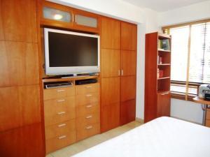 Apartamento En Venta En Caracas - El Rosal Código FLEX: 18-13751 No.7