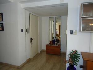 Apartamento En Venta En Caracas - El Rosal Código FLEX: 18-13751 No.16