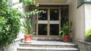Apartamento En Venta En Caracas - Caurimare Código FLEX: 18-13824 No.1
