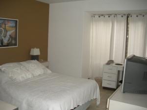 Apartamento En Venta En Caracas - Los Dos Caminos Código FLEX: 18-14619 No.12
