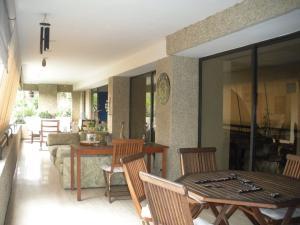 Apartamento En Venta En Caracas - Los Dos Caminos Código FLEX: 18-14619 No.15