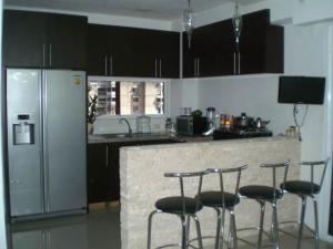 Apartamento En Venta En Maracay - San Jacinto Código FLEX: 18-14655 No.4