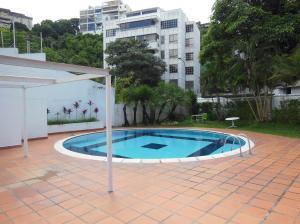 En Venta En Caracas - Las Mercedes Código FLEX: 18-14898 No.1
