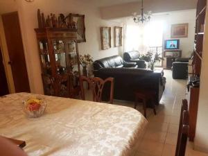Apartamento En Venta En Caracas - Los Chorros Código FLEX: 18-14903 No.5