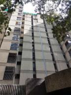 Apartamento En Venta En Caracas - Los Chorros Código FLEX: 18-14903 No.0