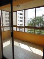 En Venta En Caracas - La Florida Código FLEX: 18-14909 No.4