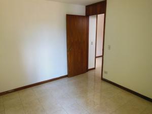 En Venta En Caracas - La Florida Código FLEX: 18-14909 No.14