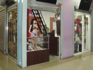 Local Comercial En Venta En Maracay - El Centro Código FLEX: 18-14979 No.1