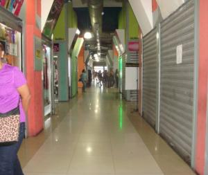 Local Comercial En Venta En Maracay - El Centro Código FLEX: 18-14979 No.5