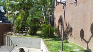Oficina En Venta En Caracas - Los Dos Caminos Código FLEX: 18-15419 No.1