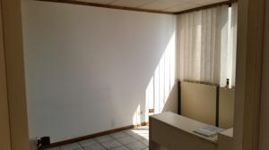 Oficina En Venta En Caracas - Los Dos Caminos Código FLEX: 18-15419 No.12