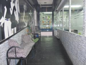 Negocio o Empresa En Venta En Caracas - Plaza Venezuela Código FLEX: 18-15204 No.1
