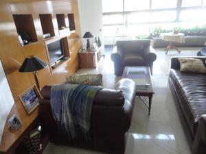 Apartamento En Venta En Caracas - Los Chorros Código FLEX: 18-15285 No.16