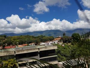 Apartamento En Venta En Caracas - Terrazas de Santa Fe Código FLEX: 18-14547 No.8