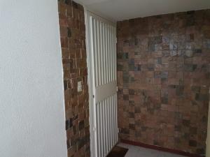 Apartamento En Venta En Caracas - Terrazas de Santa Fe Código FLEX: 18-14547 No.16