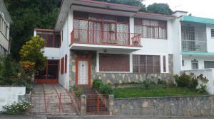 Casa en Venta en Parroquia Santa Rosalia