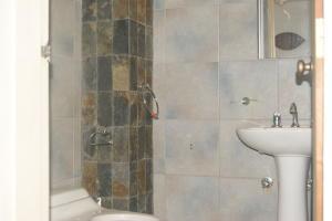 Apartamento En Venta En Caracas - San Bernardino Código FLEX: 18-15480 No.15