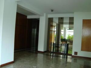 Apartamento En Venta En Caracas - Altamira Sur Código FLEX: 18-15723 No.12