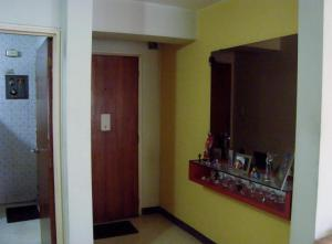 En Venta En Caracas - Santa Fe Sur Código FLEX: 18-15729 No.1