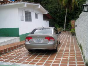 Casa En Venta En Maracay - El Castano (Zona Privada) Código FLEX: 18-15794 No.3