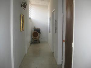 Casa En Venta En Maracay - El Castano (Zona Privada) Código FLEX: 18-15794 No.6