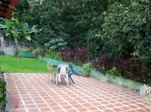 Casa En Venta En Maracay - El Castano (Zona Privada) Código FLEX: 18-15794 No.15