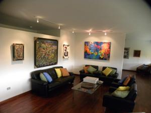 Apartamento En Venta En Caracas - Altamira Código FLEX: 18-15846 No.3