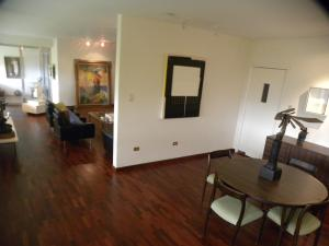 Apartamento En Venta En Caracas - Altamira Código FLEX: 18-15846 No.8