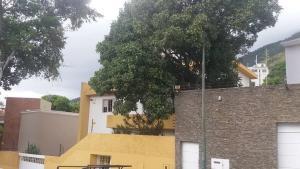 Casa En Venta En Caracas - Altamira Código FLEX: 18-15858 No.2