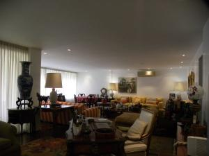 Apartamento En Venta En Caracas En La Castellana - Código: 18-15864