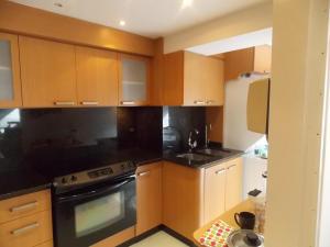 Apartamento En Venta En Caracas - El Rosal Código FLEX: 18-16332 No.4