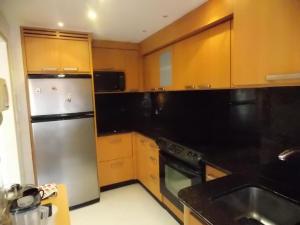 Apartamento En Venta En Caracas - El Rosal Código FLEX: 18-16332 No.5