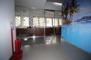 En Alquiler En Caracas - Los Palos Grandes Código FLEX: 18-16966 No.3