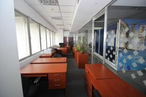 En Alquiler En Caracas - Los Palos Grandes Código FLEX: 18-16966 No.6