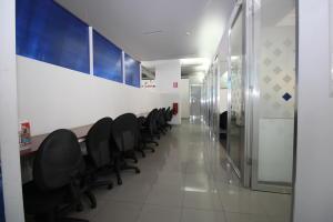 En Alquiler En Caracas - Los Palos Grandes Código FLEX: 18-16966 No.14