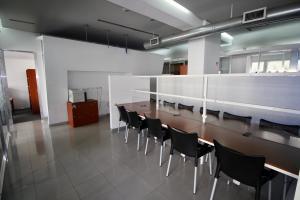 En Alquiler En Caracas - Los Palos Grandes Código FLEX: 18-16966 No.13