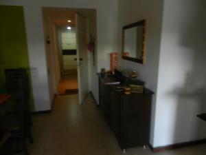 En Venta En Caracas - Terrazas del Avila Código FLEX: 18-16319 No.2