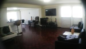 Apartamento En Venta En Caracas - La Florida Código FLEX: 18-16472 No.3