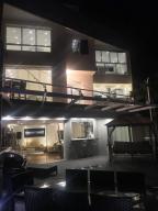 Apartamento en Venta en Parque Oripoto
