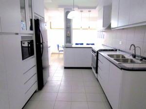 Apartamento En Venta En Caracas - Terrazas del Club Hipico Código FLEX: 18-16915 No.9