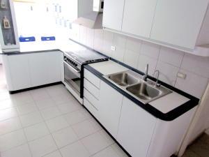 Apartamento En Venta En Caracas - Terrazas del Club Hipico Código FLEX: 18-16915 No.14