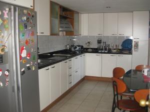 Apartamento En Venta En Maracay - La Arboleda Código FLEX: 18-16943 No.12