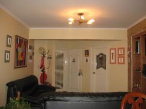 Apartamento En Venta En Maracay - La Arboleda Código FLEX: 18-16943 No.2